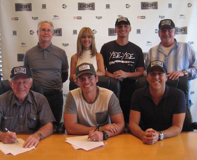 GRANGER SMITH INKS DEAL WITH LABEL POWERHOUSE BBR MUSIC GROUP