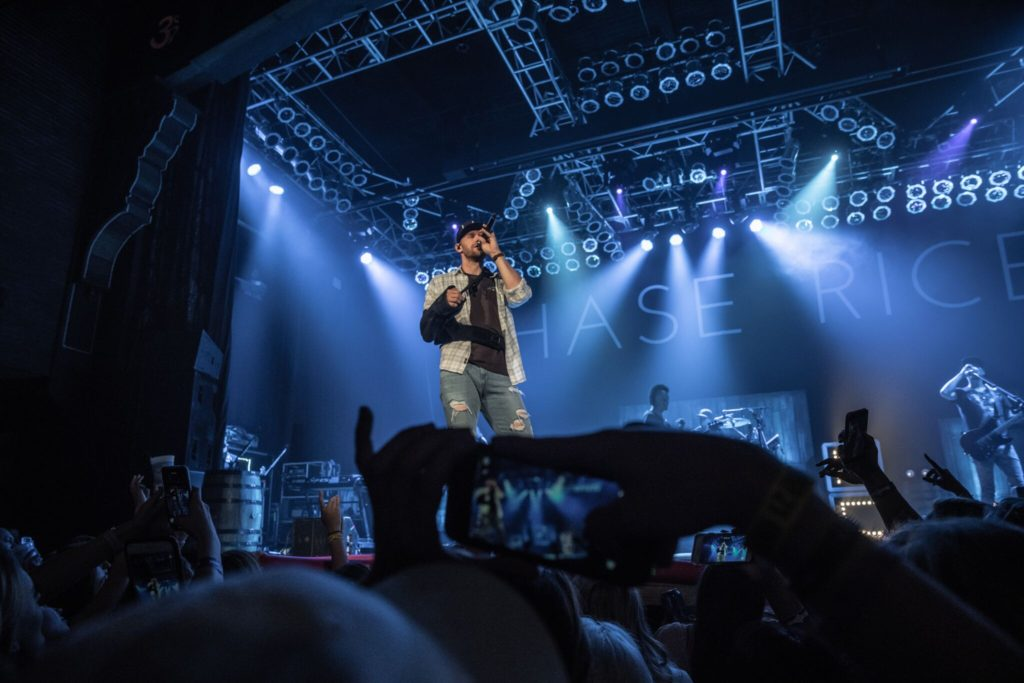 Chase Rice Delivers Special Show Just 3 Days After Surgery